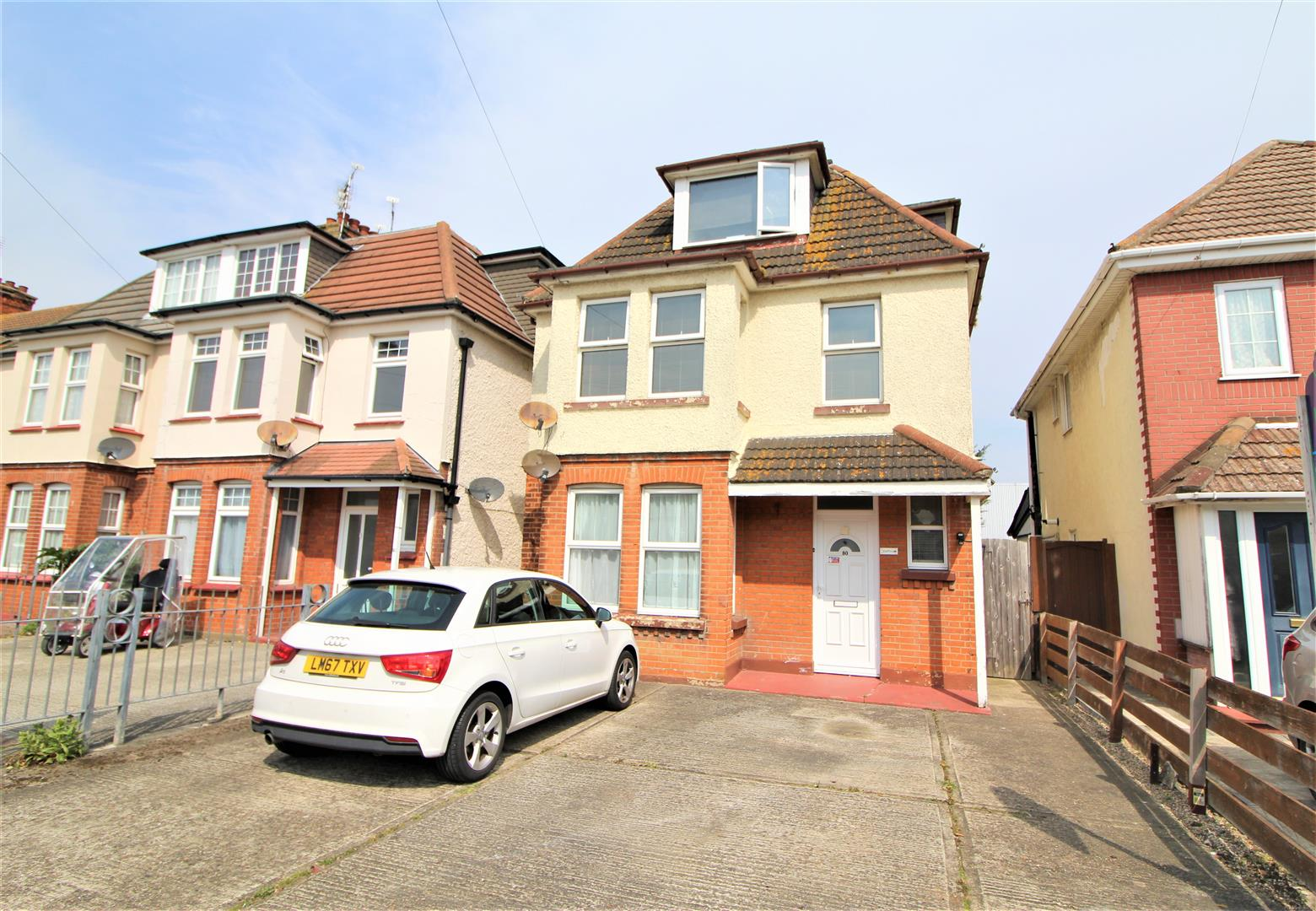 West Avenue, Clacton-On-Sea, Essex, CO15 1HD